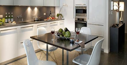 Kitchen | Standard One Bedroom Suite | Boulan South Beach