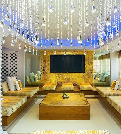Living area | Guesthouse + Silver Deluxe King | Dream South Beach