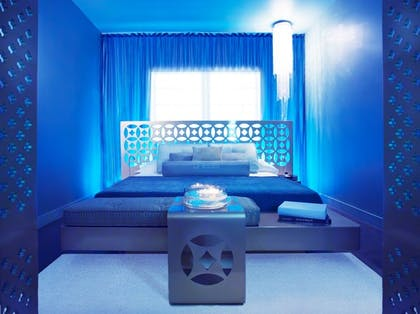 Bedroom | Guesthouse + Silver Deluxe King | Dream South Beach