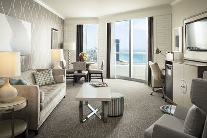 Living room | Trésor Ocean View One Bedroom Suite | Fontainebleau Miami Beach