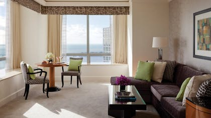 Living Room | One Bedroom Bay View Suite | Four Seasons Hotel Miami