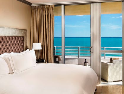 Bedroom | Two Bedroom Suite Oceanfront | Hilton Bentley Miami/South Beach