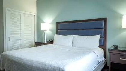 King Bed | 1 King Bed 1 Bedroom Suite Non-smoking | Homewood Suites by Hilton Miami - Airport West