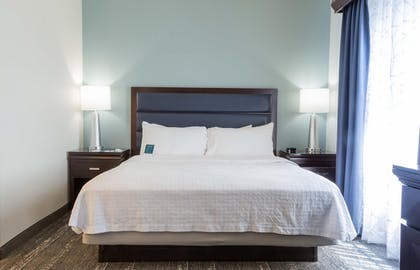 King Room | 1 King Bed 1 Bedroom Suite Non-smoking | Homewood Suites by Hilton Miami - Airport West