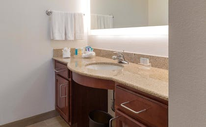 Suite Bathroom | 1 King Bed 1 Bedroom Suite Non-smoking | Homewood Suites by Hilton Miami - Airport West