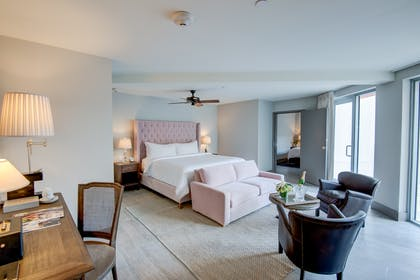 Bedroom | Two Bedroom Terrace Suite  | Plymouth Hotel Miami