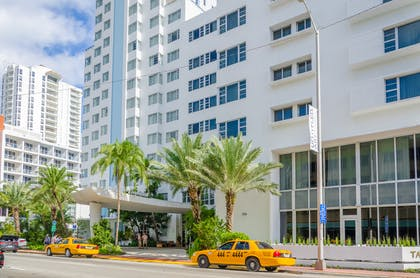 Exterior | The Confidante Miami Beach