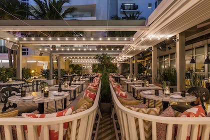 Restaurant 3 | The Confidante Miami Beach