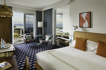 Bedroom | Ocean View Suite | The Confidante Miami Beach