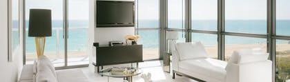 Lounge | Wow Suite | W South Beach