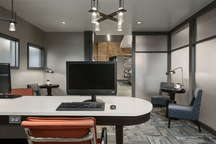 Business Center | Homewood Suites by Hilton Milwaukee/Downtown, WI