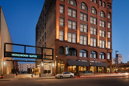 Exterior Night   Homewood Suites by Hilton Milwaukee/Downtown, WI