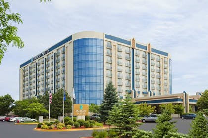 Exterior | Embassy Suites by Hilton Minneapolis Airport