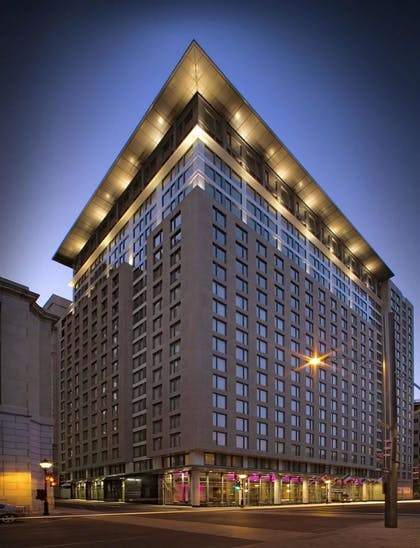 Exterior | Embassy Suites by Hilton Montreal