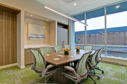 Boardroom | Home2 Suites by Hilton Montreal Dorval