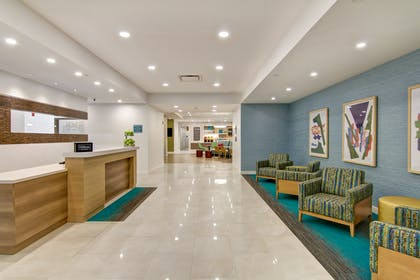 Lobby | Home2 Suites by Hilton Montreal Dorval