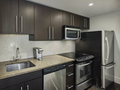 Kitchen | One Bedroom Suite | AKA Central Park