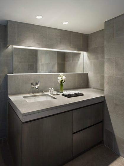 Bathroom | One Bedroom Sky Suite | AKA Central Park