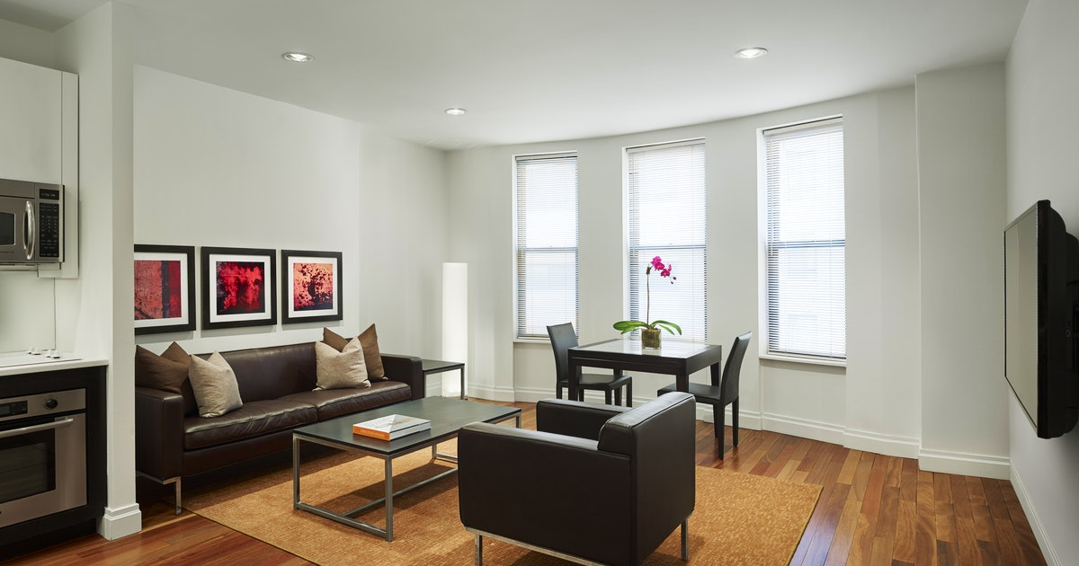 Two Bedroom Suite At Aka Times Square Suiteness Stay
