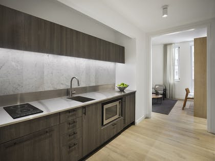 Kitchen | One Bedroom Suite | AKA Wall Street