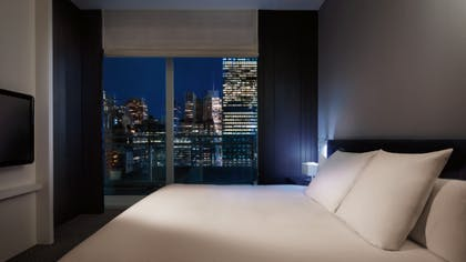 Bedroom | 5th Avenue View Suite | Andaz 5th Avenue
