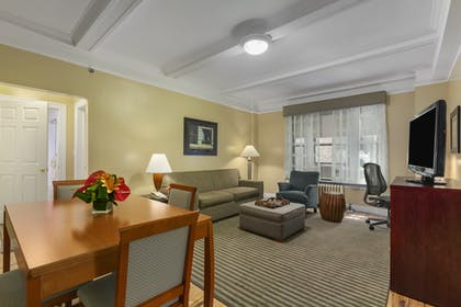 Living Room | One Bedroom Apartment Suite | Queen | Best Western Plus Hospitality House