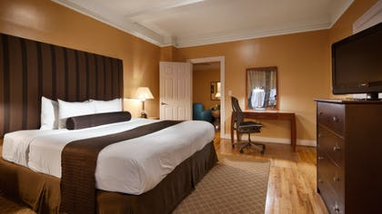 King Master Bedroom 3   Two Bedroom Apartment Suite   King & Queen   Best Western Plus Hospitality House