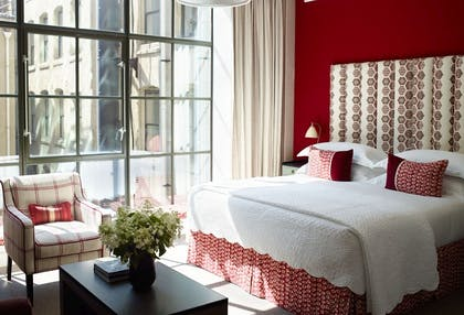 Bedroom | Luxury Junior Suite | Crosby Street Hotel