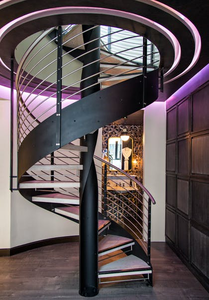 Staircase | Guesthouse   | Dream Downtown