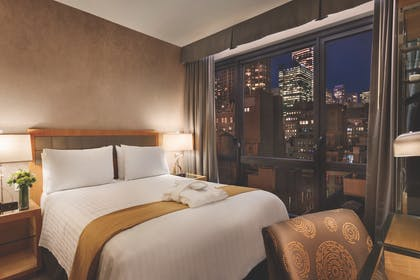 View | Executive Queen Suite with Sofabed | Executive Hotel Le Soleil New York