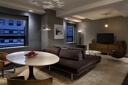 Living Area | Grand City View Suite + Grand Deluxe Doubles | Grand Hyatt New York