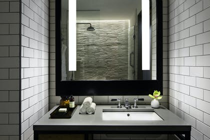 Bathroom | Bowery Suite | Hotel 50 Bowery NYC