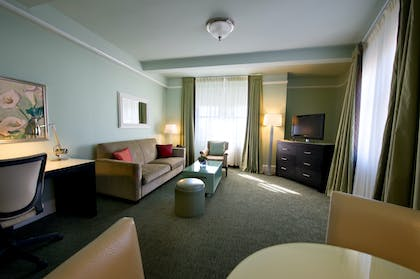 Living Room | Deluxe Suite Two Double Beds | Hotel Beacon