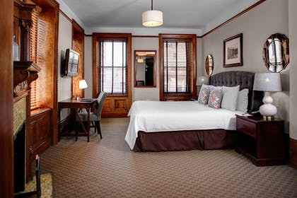 Bedroom | Corner Madison Avenue Suite | Hotel Wales