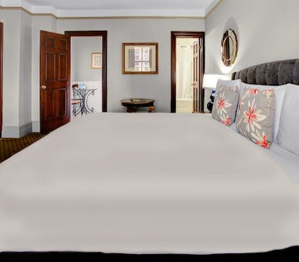 Bedroom | Family Kitchenette Suite | Hotel Wales