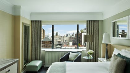 Bedroom | Atrium Suite | Loews Regency New York