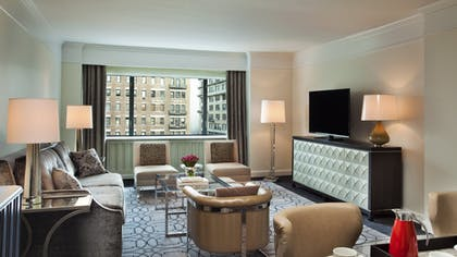 Living Room | Manhattan One Bedroom Suite | Loews Regency New York