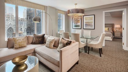 Specialty Fifth Avenue Suite living room | 5th Avenue Suite | Omni Berkshire Place