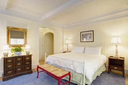Bedroom 2 | One Bedroom Suite + Classic Standard King | Roger Smith Hotel