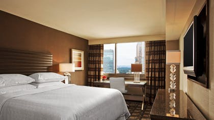 Bedroom | Executive Suite + Traditional Double | Sheraton New York Times Square Hotel