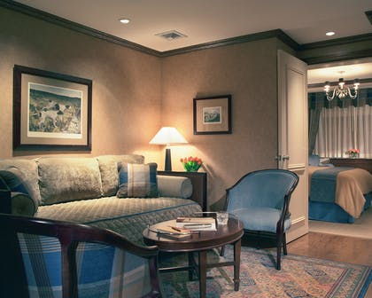 Living Room | One Bedroom Suite | The Blakely New York