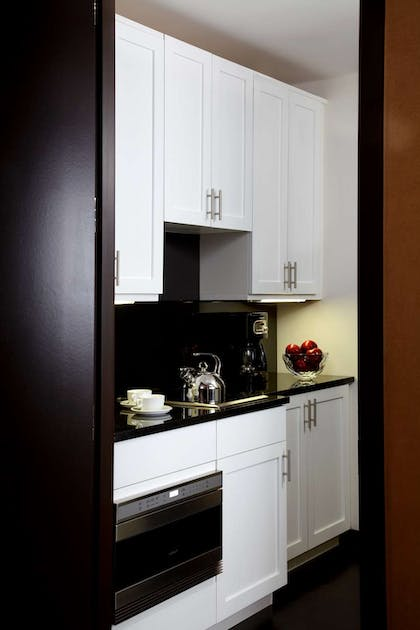 Pantry | Director One Bedroom Suite | The Chatwal