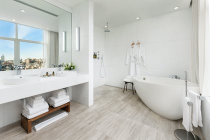 Bathroom | Penthouse Suite | The James New York - SoHo