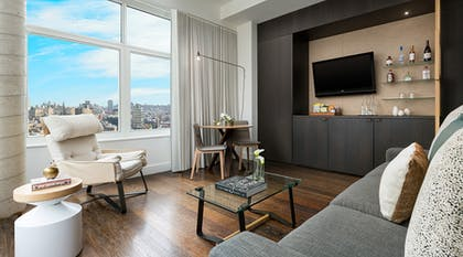 Livingroom | Suite | The James New York - SoHo