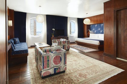 Bedroom | Junior Penthouse | The Maritime Hotel
