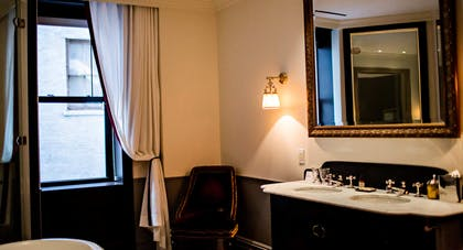 Bathroom | Suite Royale | The Nomad Hotel