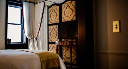 Bedroom | Suite Royale | The Nomad Hotel