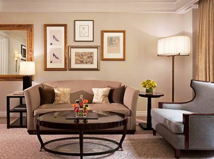 Living room | Junior Suite + Deluxe Room | The Peninsula New York