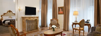 Living room | Edwardian Suite + Deluxe King Room | The Plaza Hotel