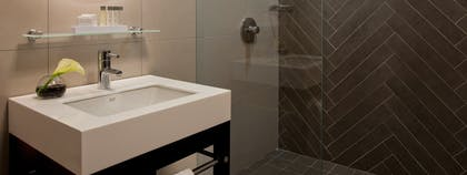 Bathroom | Redbury Flat Two Doubles | The Redbury New York